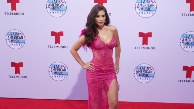 vídeos de stock e filmes b-roll de jessica cediel at the latin american music awards 2019 at dolby theatre on october 17, 2019 in hollywood, california. - the dolby theatre