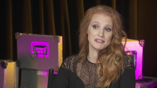 jessica chastain says some of sexiest men around are those that are protective of people, while backstage at the chime for change benefit concert to... - human rights or social issues or immigration or employment and labor or protest or riot or lgbtqi rights or women's rights stock videos & royalty-free footage