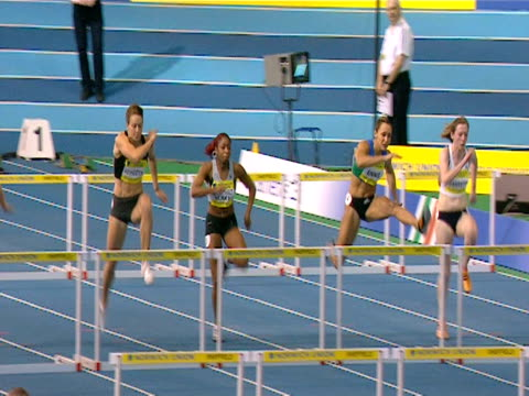 Jessica Ennis wins the 100m Hurdles at the Norwich Union world trials