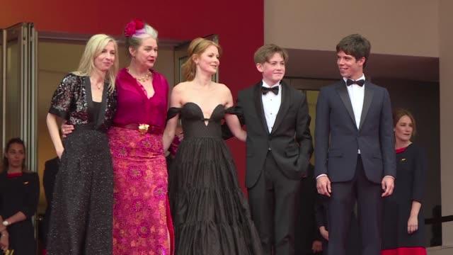 FRA: Cannes 2019: Little Joe cast on red carpet
