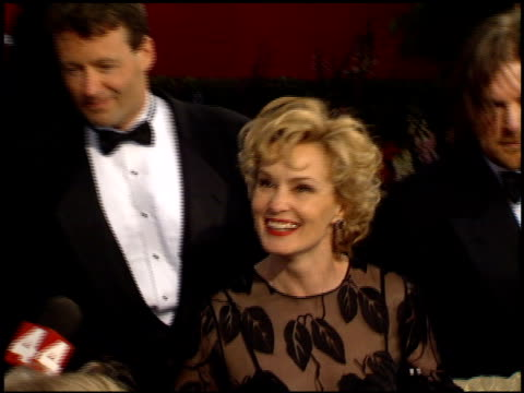 jessica lange at the 1995 academy awards arrivals at the shrine auditorium in los angeles california on march 27 1995 - 67th annual academy awards stock videos & royalty-free footage