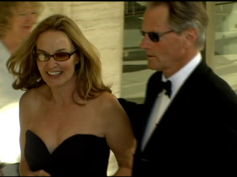 vidéos et rushes de jessica lange at the 34th annual film society of lincoln center tribute to jessica lange at lincoln center in new york new york on april 17 2006 - lange