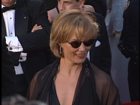 vídeos de stock, filmes e b-roll de jessica lange at the academy awards at shrine auditorium - shrine auditorium
