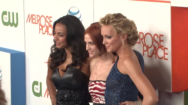 jessica lucas, ashlee simpson-wentz, katie cassidy at the 'melrose place' premiere party at west hollywood ca. - 肥皂劇 個影片檔及 b 捲影像