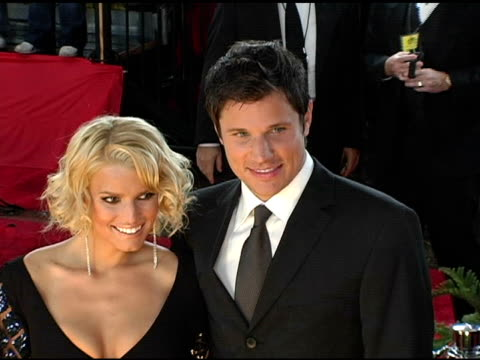 jessica simpson and nick lachey at the 2005 people's choice awards arrivals at the pasadena civic auditorium in pasadena california on january 10 2005 - nick lachey stock videos & royalty-free footage