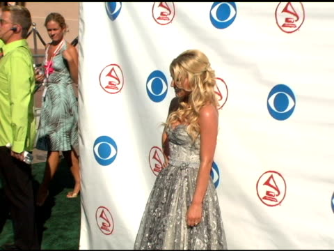 jessica simpson at the 2004 latin grammy awards arrivals at the shrine auditorium in los angeles, california on september 1, 2004. - jessica simpson stock videos & royalty-free footage