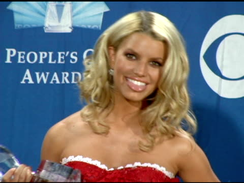jessica simpson at the 2006 people's choice awards press room at the shrine auditorium in los angeles, california on january 10, 2006. - jessica simpson stock videos & royalty-free footage