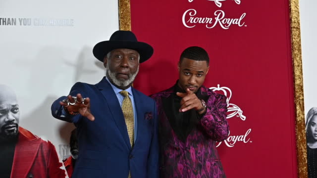 jessie t usher richard roundtree at the shaft new york premiere at amc lincoln square theater on june 10 2019 in new york city - filmpremiere stock-videos und b-roll-filmmaterial