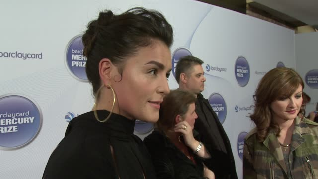 jessie ware barclaycard mercury music prize 2012 at the roundhouse on november 01, 2012 in london, england - mercury music prize stock-videos und b-roll-filmmaterial