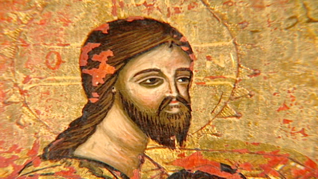 stockvideo's en b-roll-footage met of jesus christ at the last supper from an icon in the saint sergius and saint bacchus church. the church suffered extreme damage during the battle... - apostel