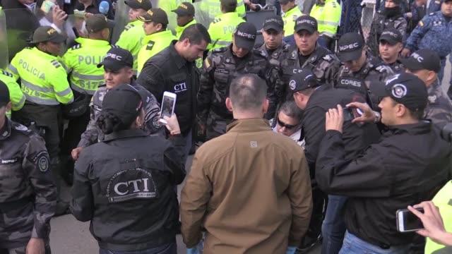 COL: Colombian ex guerrilla leader arrested on prison release