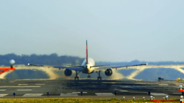 jet takes off at reagan national airport - carbon dioxide stock videos & royalty-free footage