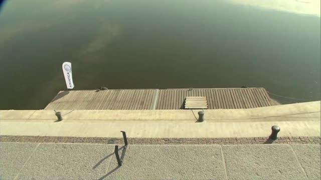 stockvideo's en b-roll-footage met jetty on vistula in warsaw - mens gemaakte bouwwerken