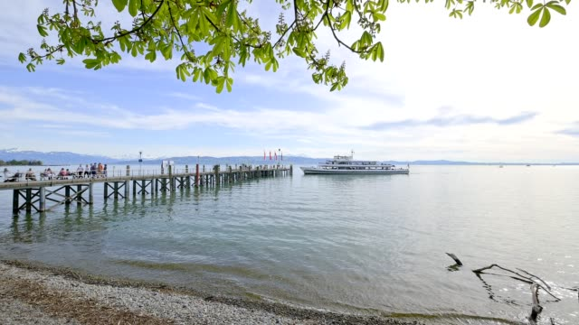 jetty with lakeshore, kreesbronn am bodensee, lake constance, baden-württemberg, germany - lakeshore stock videos & royalty-free footage
