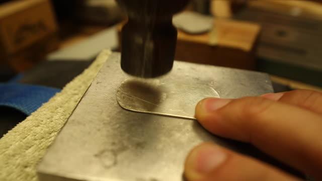 jewelry making - oro video stock e b–roll