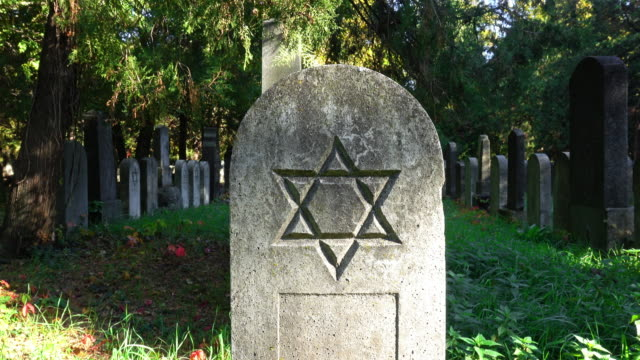 jüdische friedhof - judaism stock-videos und b-roll-filmmaterial