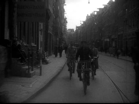 stockvideo's en b-roll-footage met jewish quarter in amsterdam during second world war / noord-holland, netherlands - tweede wereldoorlog