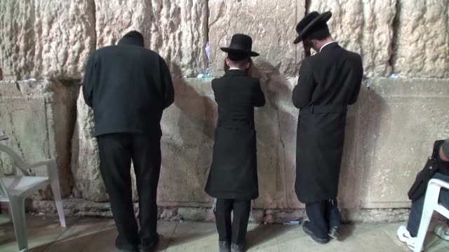 jews at the western wall - judaism stock videos & royalty-free footage