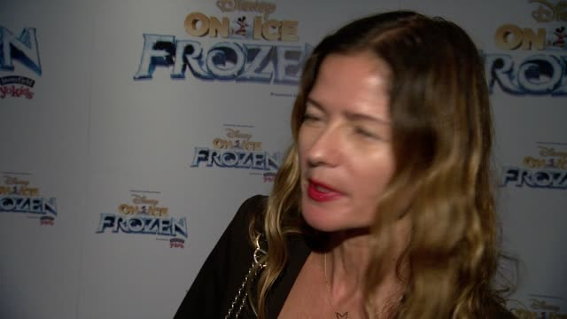 interview jill hennessy she talks about how excited the entire family is to see the show she provides a heartfelt message to the troops on veterans... - komplett stock-videos und b-roll-filmmaterial