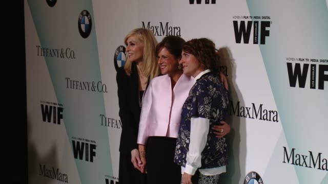 stockvideo's en b-roll-footage met jill soloway and judith light at women in film 2015 crystal lucy awards presented by max mara bmw of north america and tiffany co at the hyatt... - hyatt