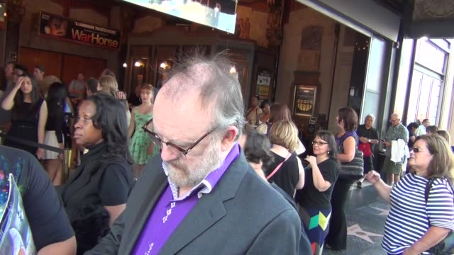 jim beaver on comic books outside the pantages theatre in hollywood at celebrity sightings in los angeles jim beaver on comic books outside the... - パンテージスシアター点の映像素材/bロール