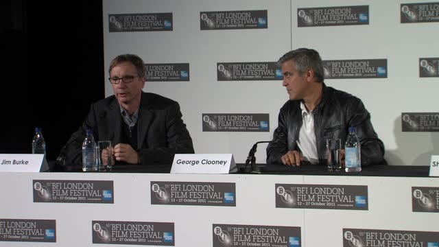 vídeos de stock, filmes e b-roll de jim burke alexander payne on how they came across the story how the project got started at the the descendants press conference at london england - alexander payne