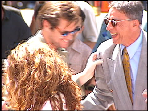 jim carrey at the dedication of nicolas cage's footprints at grauman's chinese theatre in hollywood california on august 14 2001 - mann theaters stock-videos und b-roll-filmmaterial