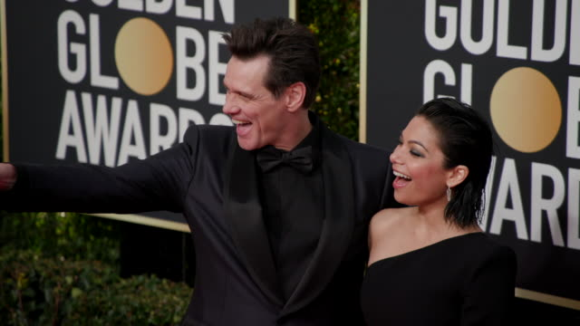 Jim Carrey Ginger Gonzaga at the 76th Annual Golden Globe Awards Arrivals