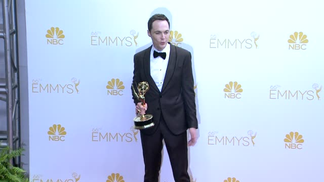 jim parsons - 66th primetime emmy awards - photo room at nokia theatre l.a. live on august 25, 2014 in los angeles, california. - emmy awards stock-videos und b-roll-filmmaterial