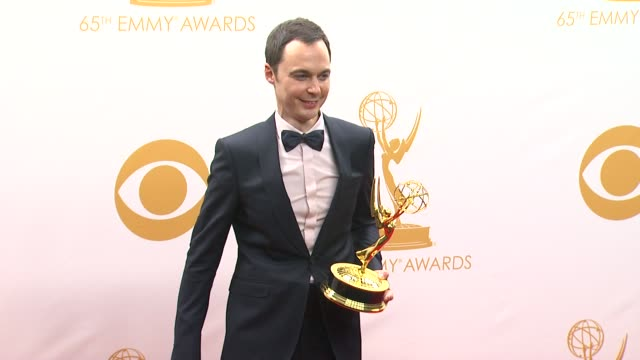 jim parsons at 65th annual primetime emmy awards - photo room on 9/22/2013 in los angeles, ca. - emmy awards stock-videos und b-roll-filmmaterial