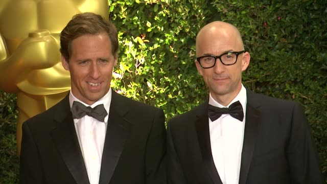 jim rash at academy of motion picture arts and sciences' governors awards in hollywood ca on - 映画芸術科学協会点の映像素材/bロール