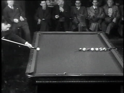 jimmy caras lining up pool cue / jimmy caras performing trick shot / audience clapping - pool cue sport stock videos & royalty-free footage