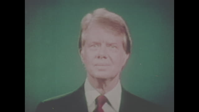 jimmy carter debates gerald ford on sept 23 at the walnut street theatre philadelphia pa usa no sound available - präsident stock-videos und b-roll-filmmaterial