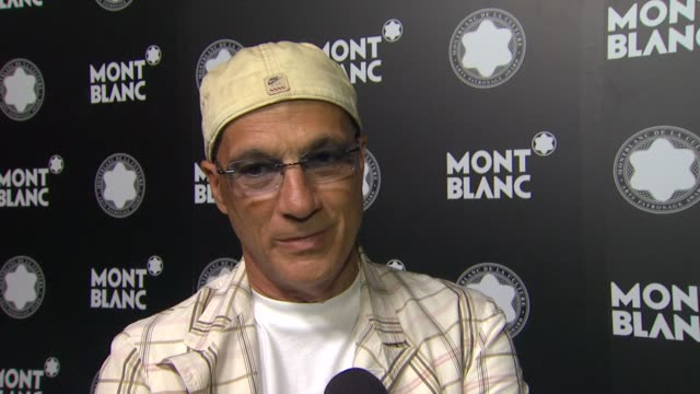 jimmy iovine on quincy jones at montblanc honors quincy jones at the montblanc de la culture arts patronage awards ceremony on 10/02/12 in los... - quincy jones stock videos & royalty-free footage