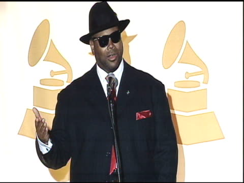 jimmy jam at nokia theatre la live on december 01 2010 in los angeles california - audio electronics stock videos & royalty-free footage