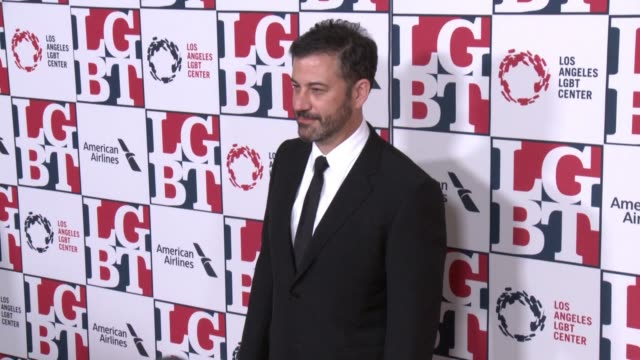 stockvideo's en b-roll-footage met jimmy kimmel at los angeles lgbt center's 48th anniversary gala vanguard awards in los angeles ca - anniversary gala vanguard awards