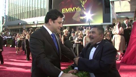 stockvideo's en b-roll-footage met jimmy kimmel at the 60th primetime emmy awards at los angeles ca. - jimmy kimmel