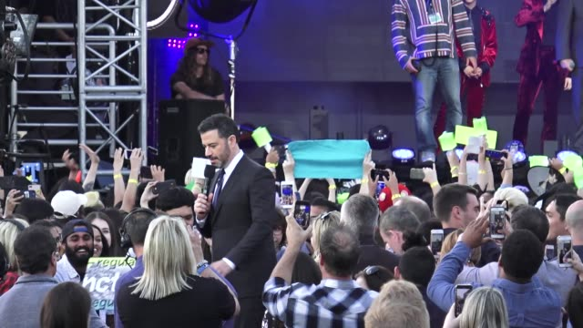 stockvideo's en b-roll-footage met jimmy kimmel introduces korean boy band nct 127 on jimmy kimmel live in hollywood on october 08, 2018 at celebrity sightings in los angeles. - jimmy kimmel