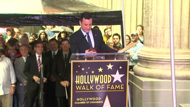 stockvideo's en b-roll-footage met jimmy kimmel thanks his family at jimmy kimmel honored with star on the hollywood walk of fame in hollywood, ca, on 1/25/13. - jimmy kimmel