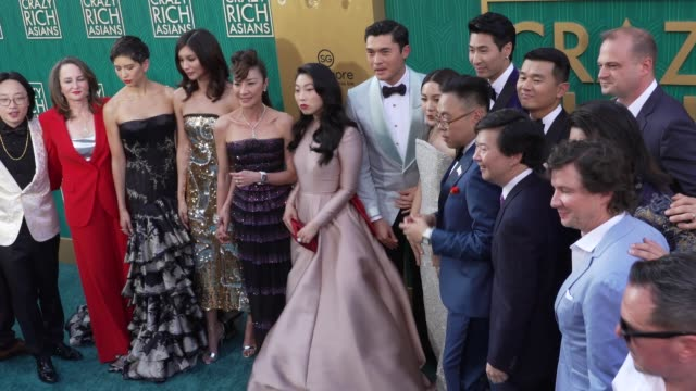 Jimmy O Yang Sonoya Mizuno Gemma Chan Michelle Yeoh Awkwafina Henry Golding Jon M Chu Constance Wu Nico Santos and Ken Jeong at the 'Crazy Rich...