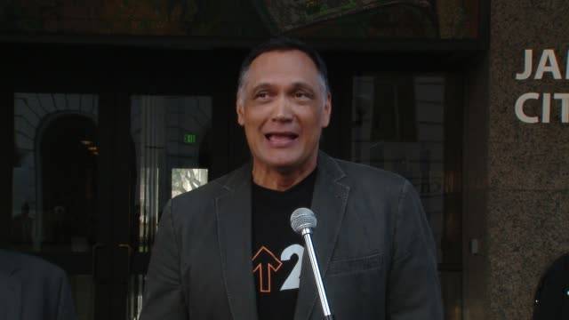 speech jimmy smits at stand up to cancer day 2018 in los angeles ca - jimmy smits stock videos and b-roll footage