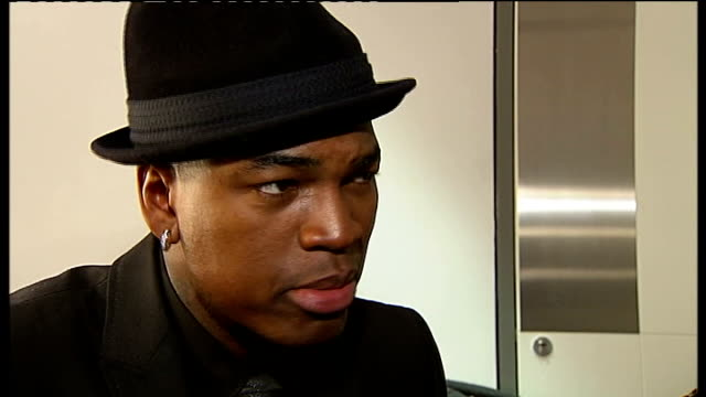 celebrity interviews backstage neyo interview sot i love london love the uk there's an appreciation for music and performance that really speaks to... - soul music stock videos & royalty-free footage