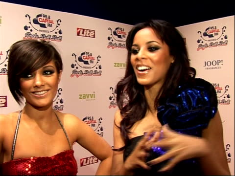 vídeos y material grabado en eventos de stock de jingle bell ball concert: arrivals and interviews; frankie sandford and rochelle wiseman fromthe saturdays interview sot - on perez hilton loving... - telenovela