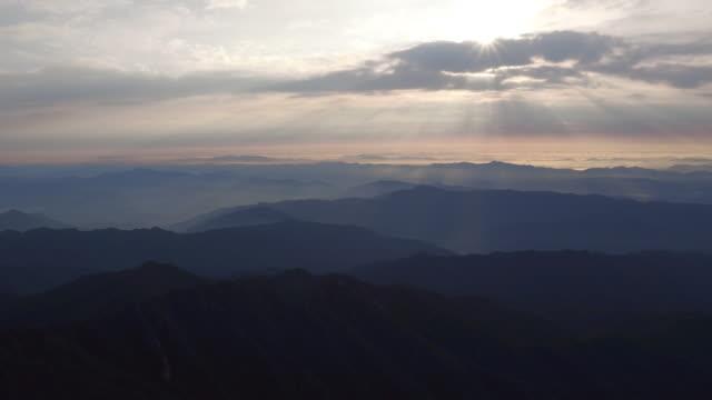 jirisan mountain cheonwangbong peak tyndall effect scenery / guryegun, jeollanam-do, south korea - jeollanam do stock videos & royalty-free footage