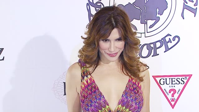 Jo Champa at the MercedesBenz Presents the 17th Carousel of Hope Ball at the Beverly Hilton in Beverly Hills California on October 29 2006