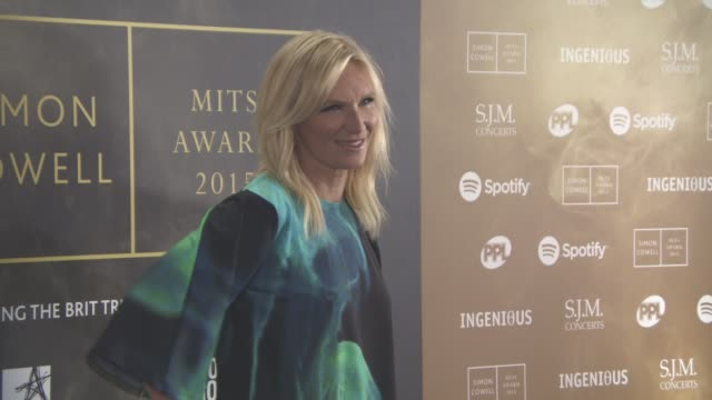 stockvideo's en b-roll-footage met jo whiley at music industry trust awards at grosvenor house on october 2 2015 in london england - jo whiley