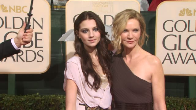 joan allen at the 67th annual golden globe awards arrivals part 3 at beverly hills ca - ゴールデングローブ賞点の映像素材/bロール