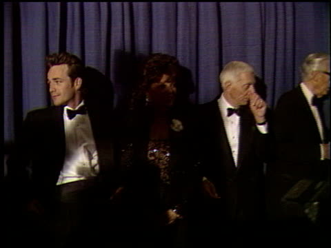 stockvideo's en b-roll-footage met joan collins at the scopus award 1993 at the beverly hilton in beverly hills, california on january 30, 1993. - 1993