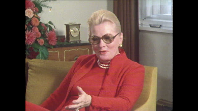 joan fontaine speaking in 1979 on the 'casting couch' process in hollywood confirming its reputation either you were going to be groomed for stardom... - 女性の権利点の映像素材/bロール