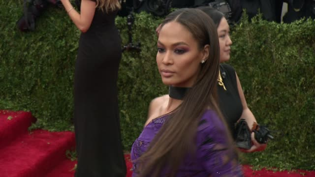 joan smalls at china through the looking glass costume institute benefit gala arrivals at metropolitan museum of art on may 04 2015 in new york city - joan smalls stock videos & royalty-free footage
